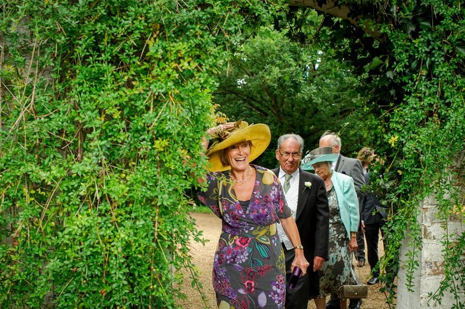 Wedding guests arrive at Ridge Farm