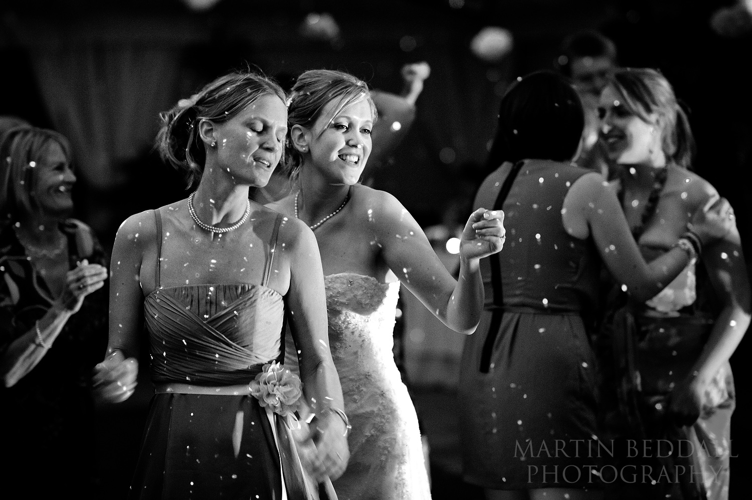 Bride dances with her sister
