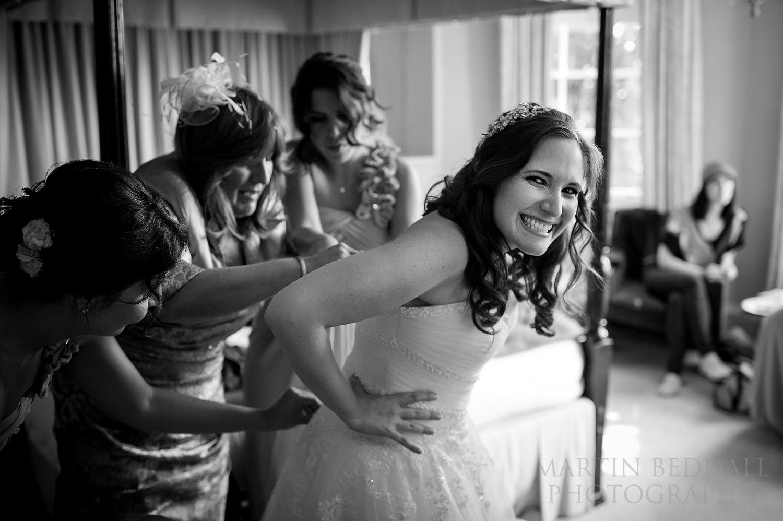 Tightening the wedding dress