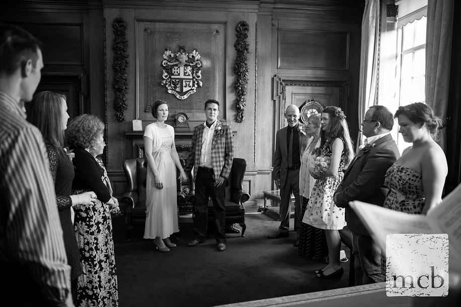 Islington town hall wedding in the mayor's office