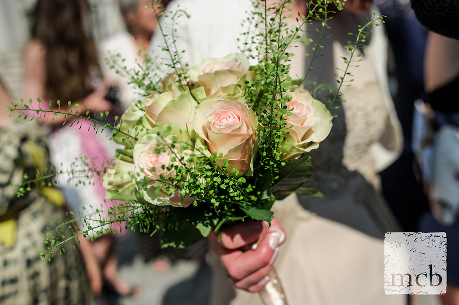 Closeup of the bride's bouquet