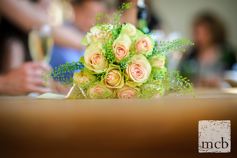 Detail of the weding bouquet on the table