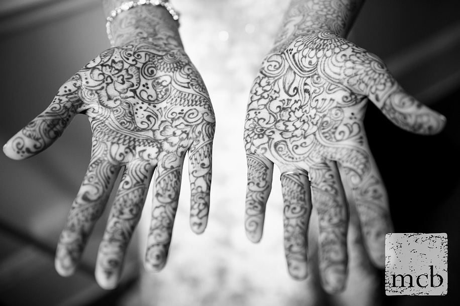 Henna patterns on the bride's hands
