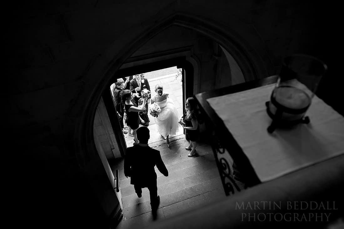 Bride enters the swedish church in Marylebone