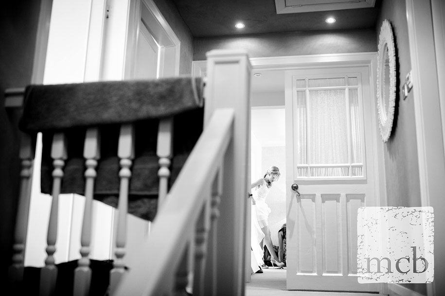 Bride gets ready fro the ceremony