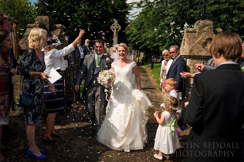 Berkshire wedding confetti