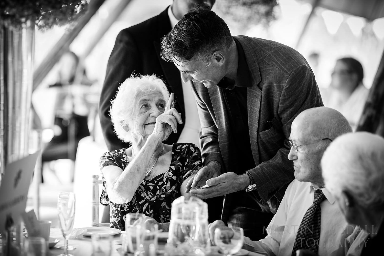 Wedding magician Etienne Pradier