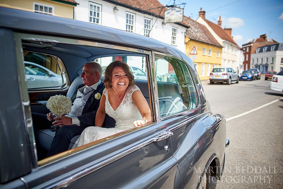 Bride arrives in the wedding car