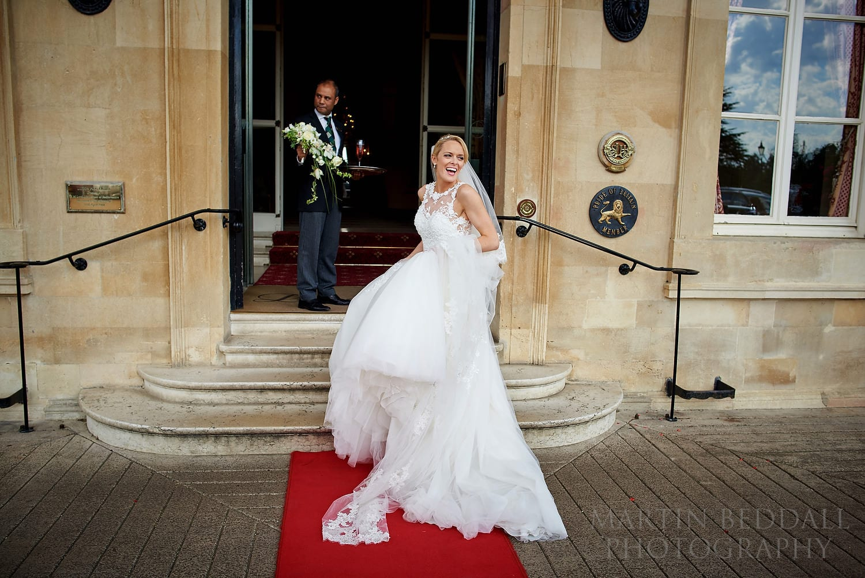 Bride arrives at Luton Hoo Hotel