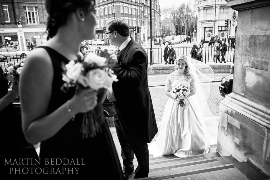 Bride prepares to enter Brompton Oratory