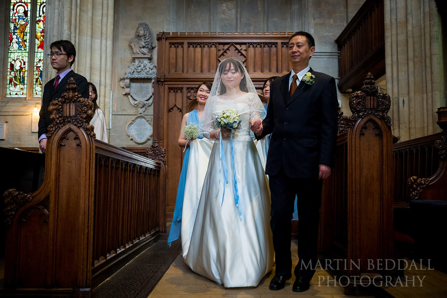 Bride and her father enter Oxford University Church