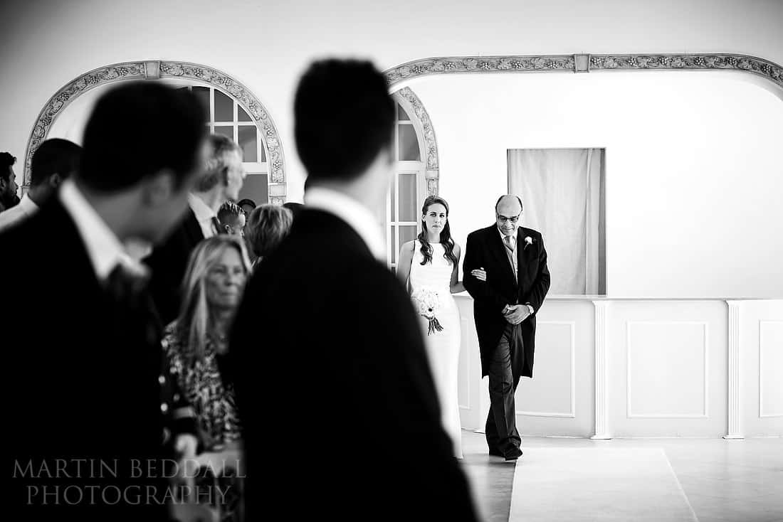 Bride enters the Vine room at Northbrook park