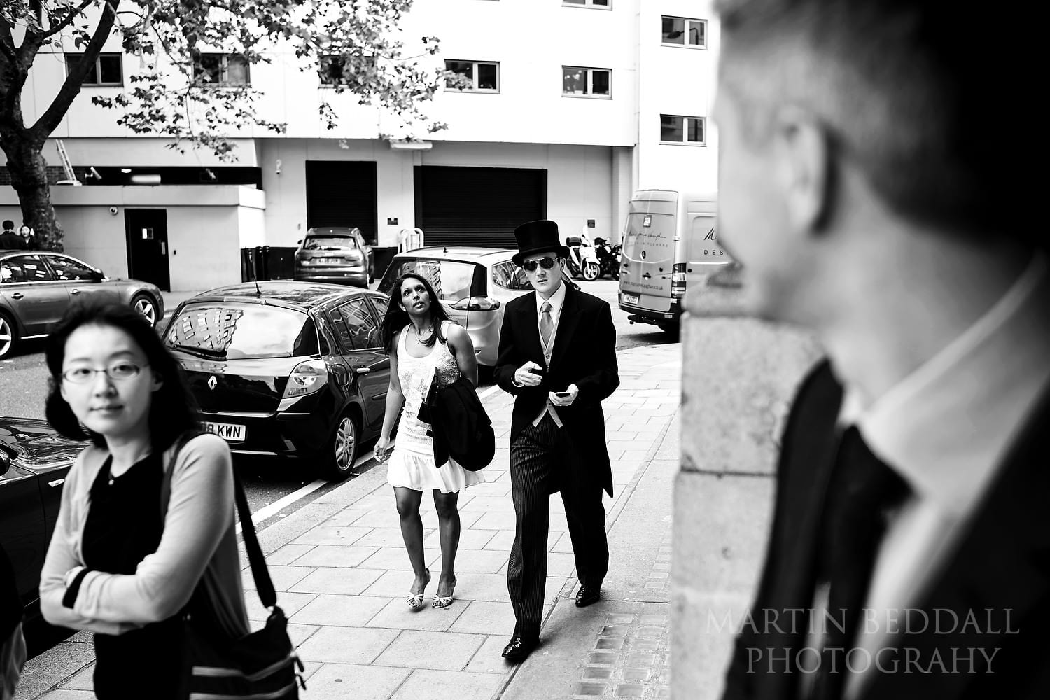 Wedding guests start to arive at The Lansdowne Club