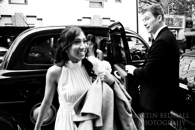 Bridesmaids arrive at the Lansdowne Club