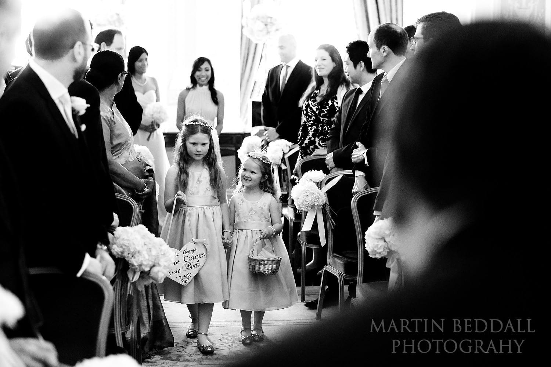 Lansdowne Club wedding starts