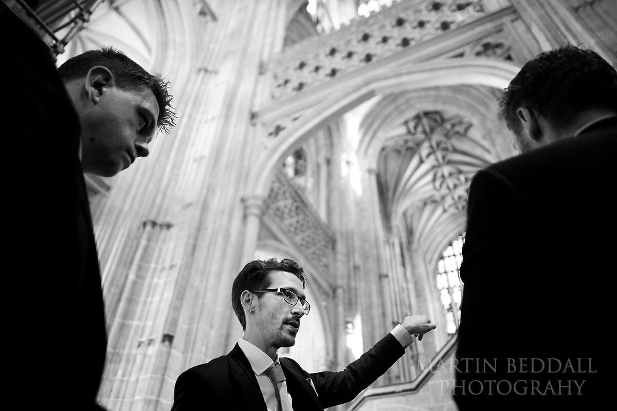 Groom briefing the ushers at Canterbury Cathedral