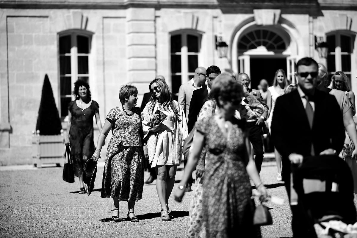 Guests at Château Soutard to the ceremony room