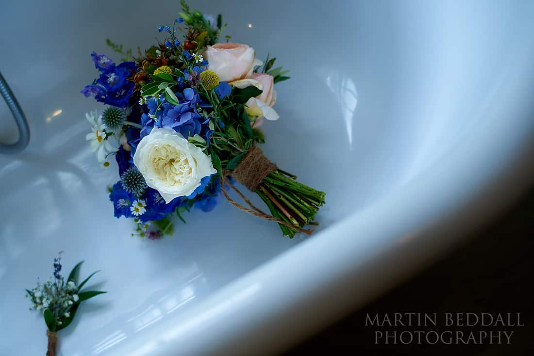 Wedding flowers in the bathtub