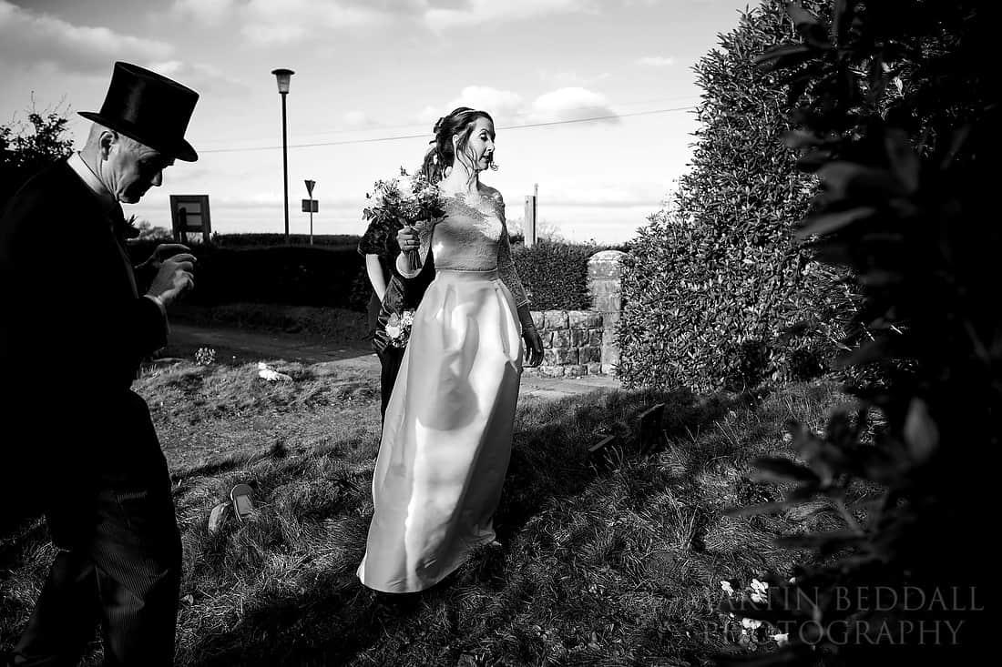 Bride talks to her dead mother