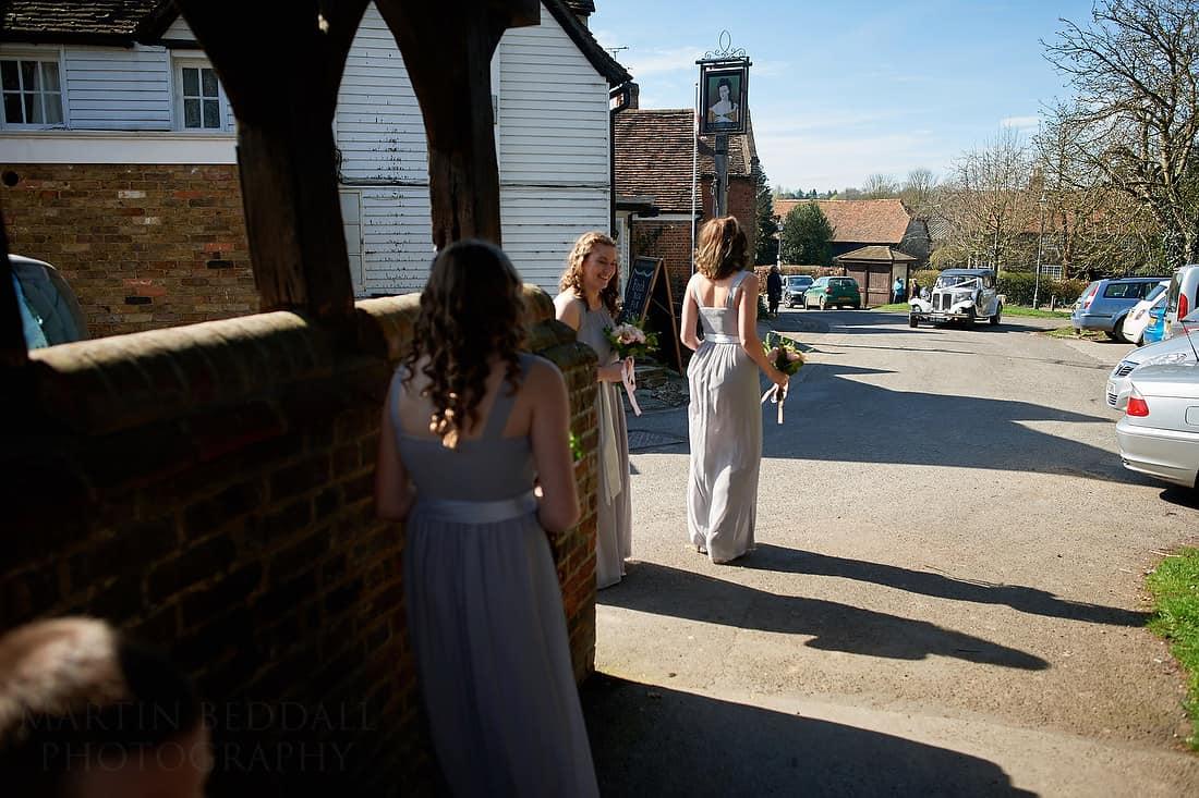 Bride's car arrives at the church