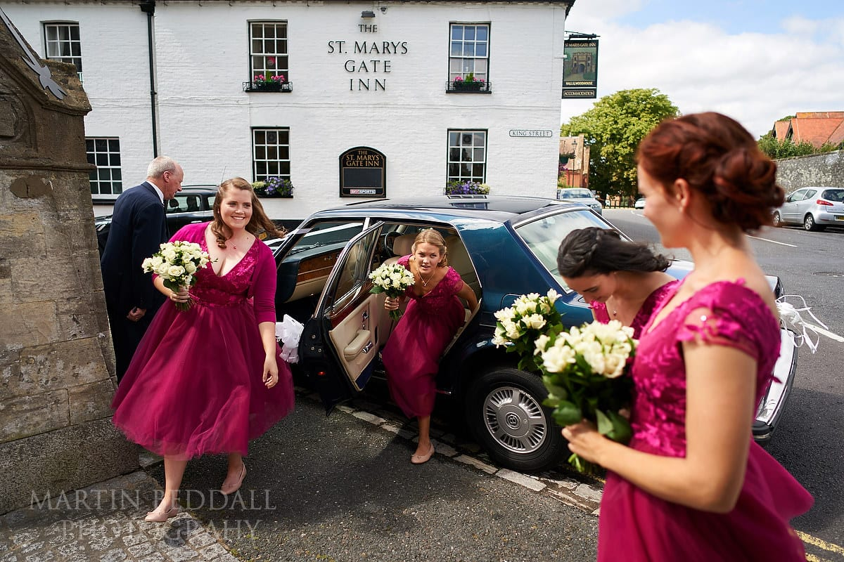 Bridesmaids arrive at Arundel Cathedral