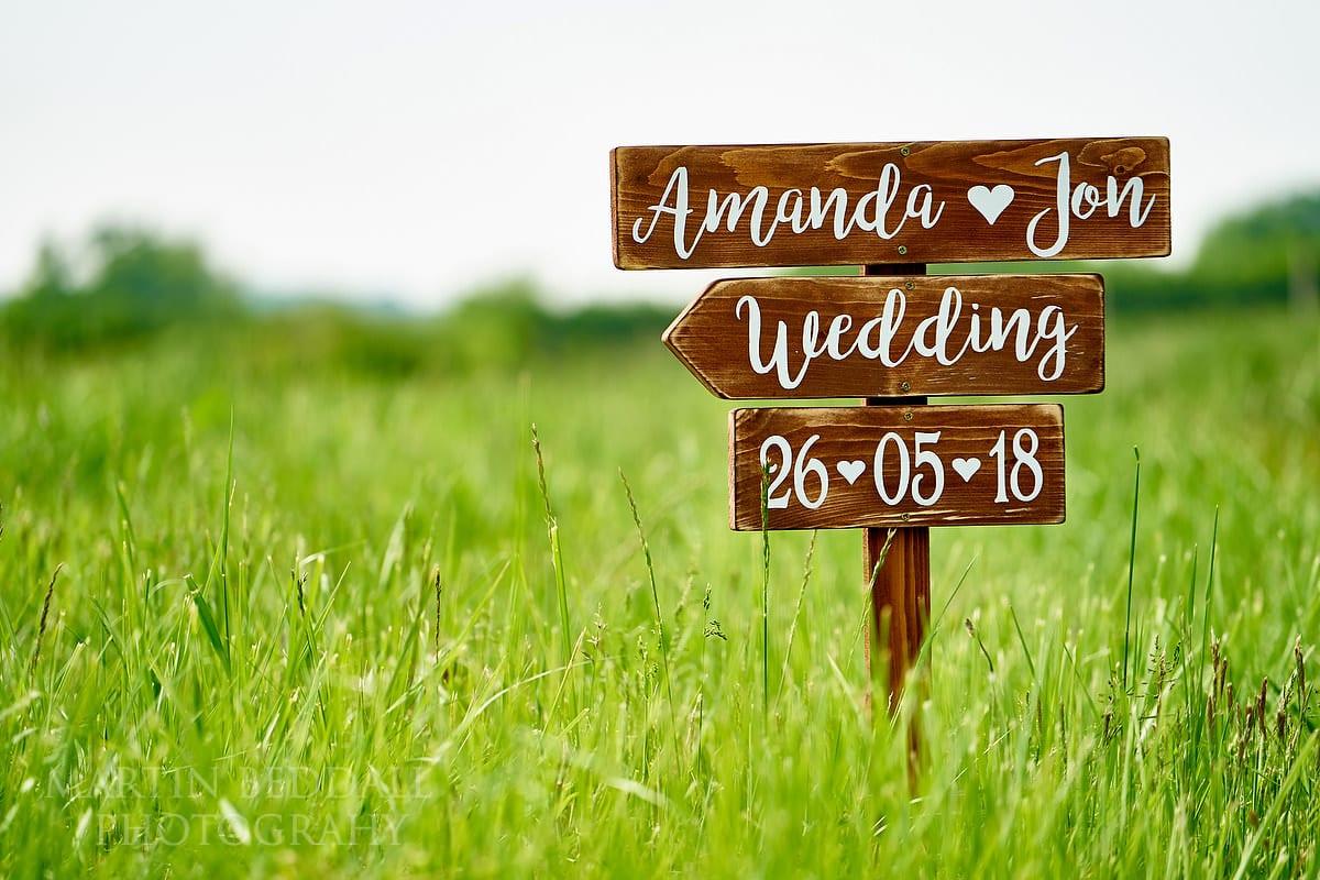 Grittenham barn wedding sign