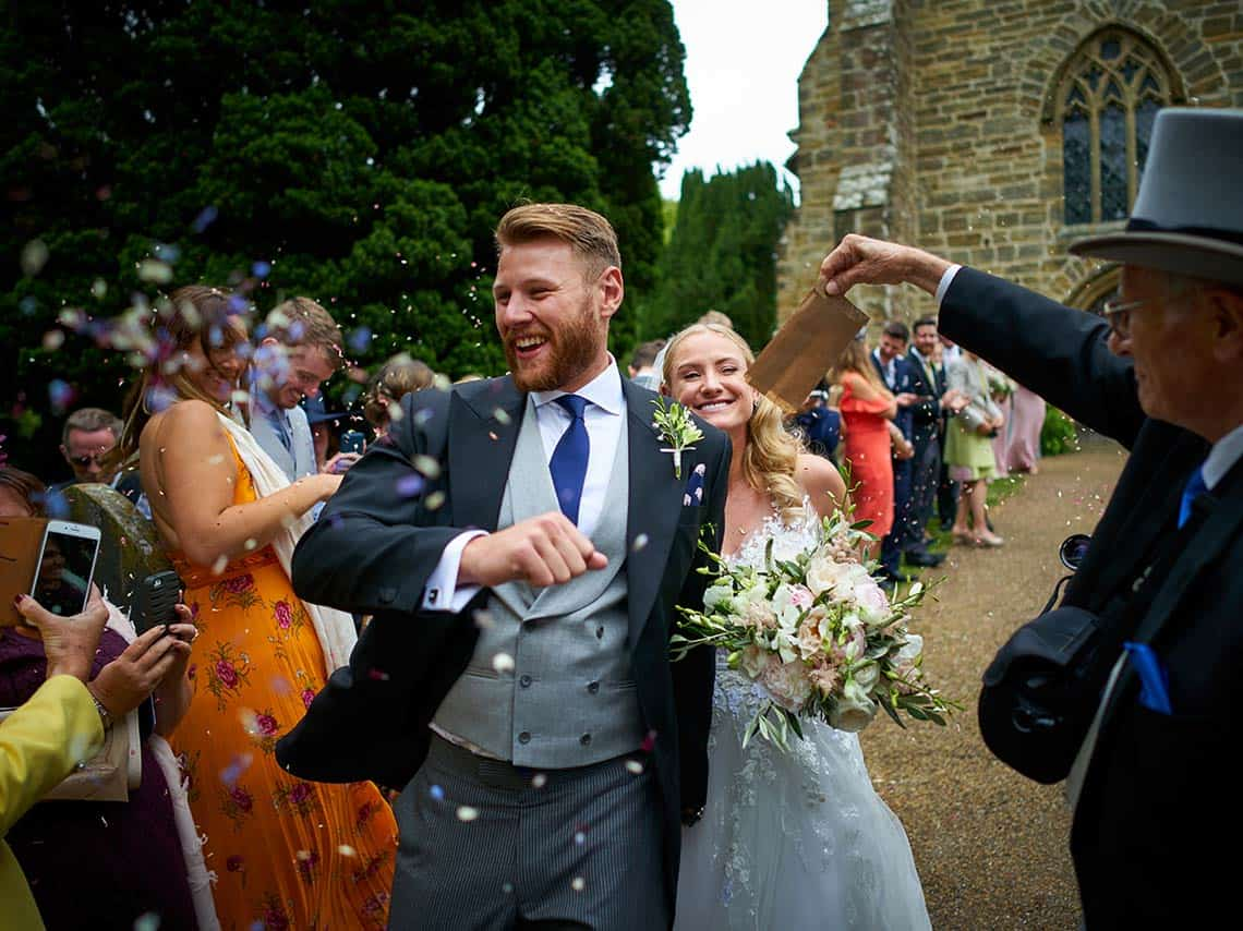 Review of Buckhurst Park wedding photography