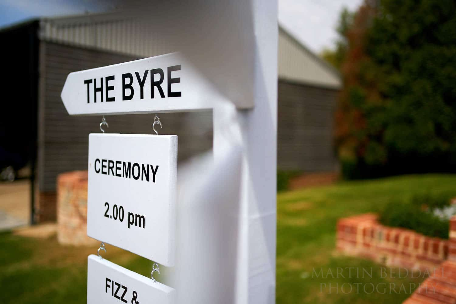 Sign to the ceremony byre at Oak Barn