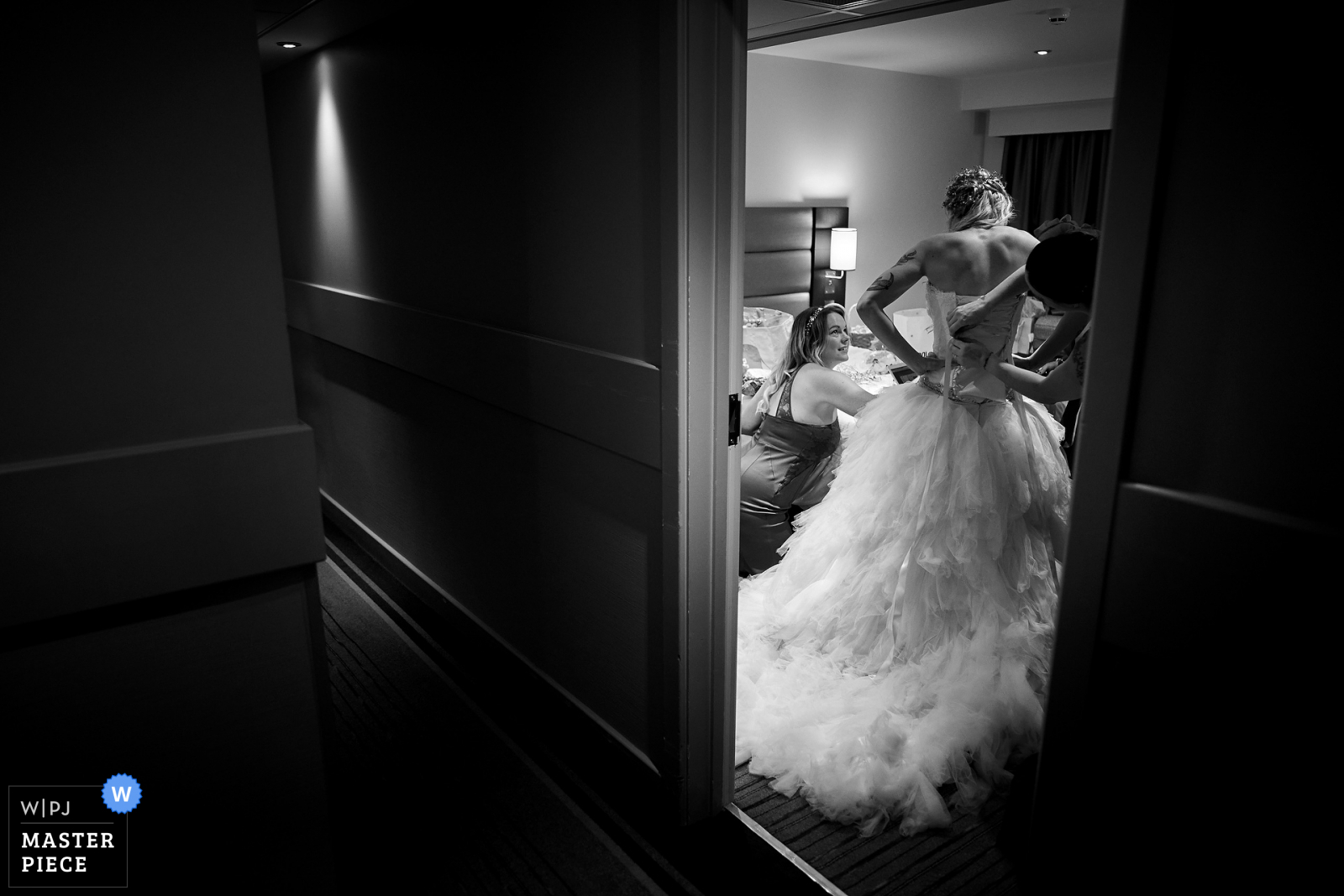 Getting ready wedding photography award