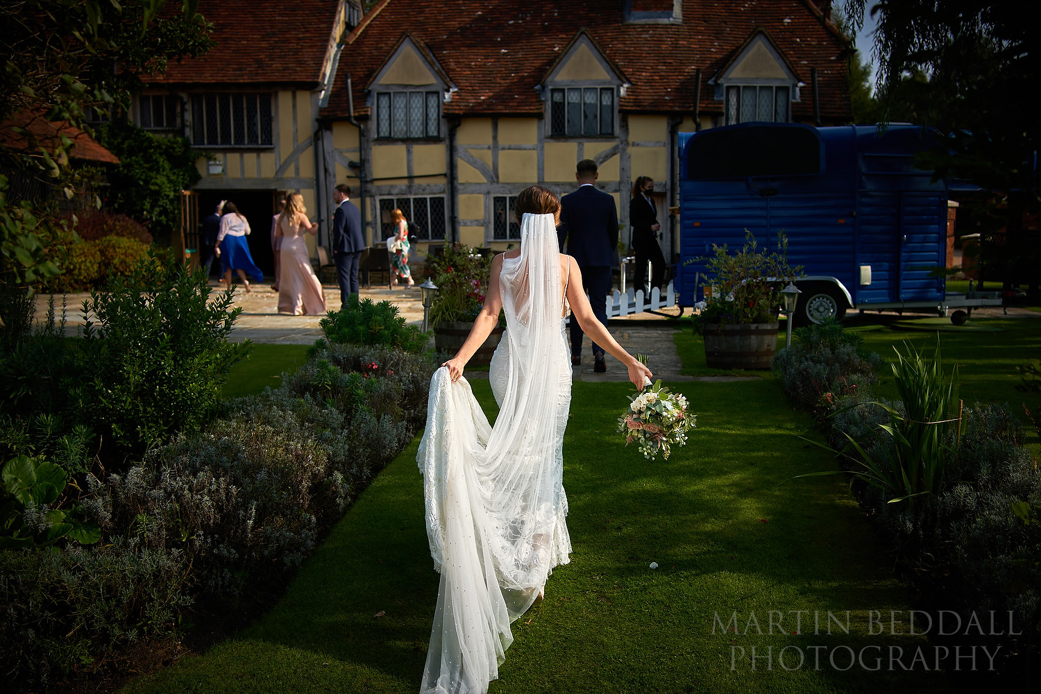 Elegant bride at Cain manor